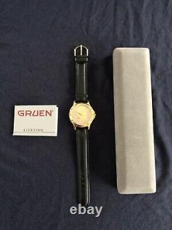 Vintage Gruen Wristwatch JF Kennedy Half Dollar 1976 Bicentennial Anniversary